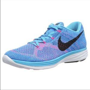 728a2afa4457 Nike Shoes - NIB Nike Women Flyknit Lunar 3